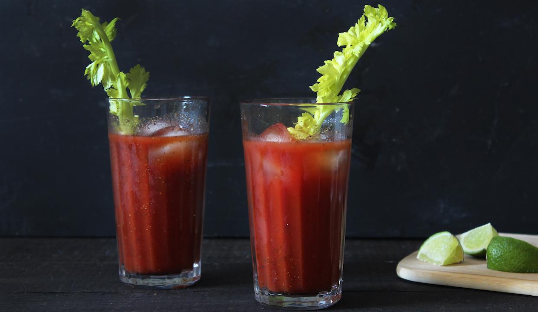 Rețeta celui mai simplu cocktail: Bloody Mary | Rețete și ...