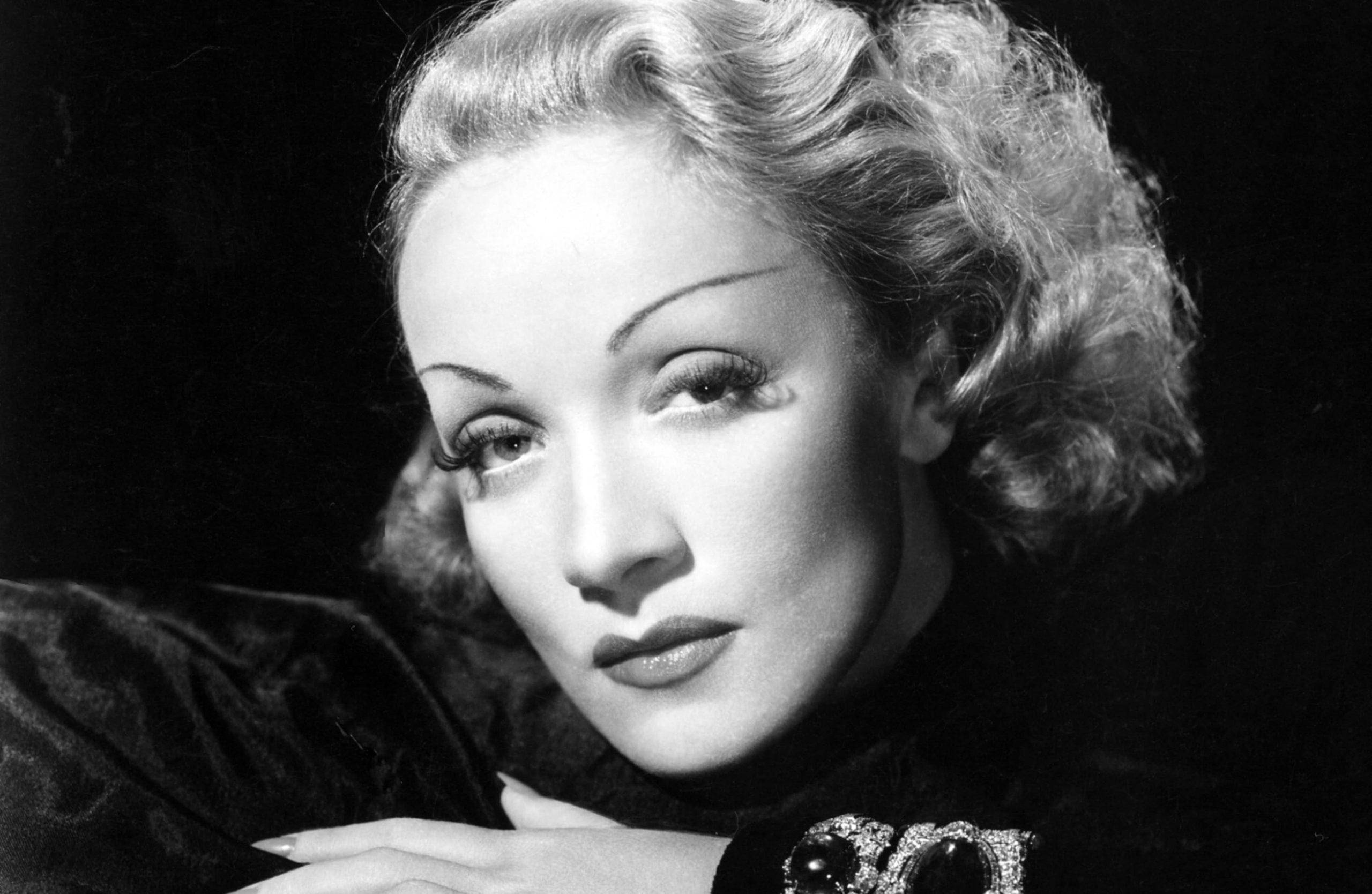 """Marlene Dietrich, """"Îngerul albastru"""" de la Hollywood - Rețete și vedete"""